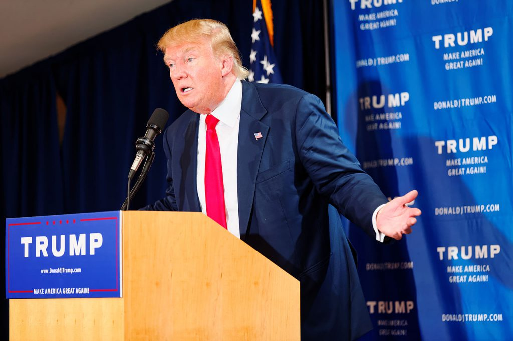 Donald_Trump_Laconia_Rally,_Laconia,_NH_4_by_Michael_Vadon_July_16_2015_27